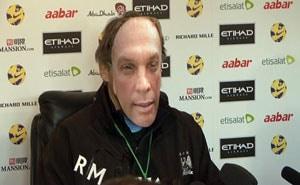 Roberto Mancini plays prankster with Platt mask