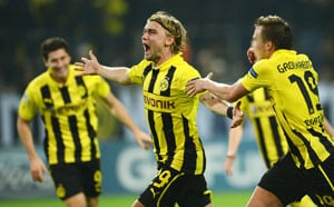 Dortmund, Schalke hunt Bayern after Euro triumphs