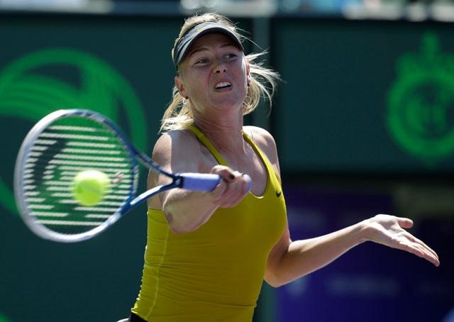 Maria Sharapova survives first-round scare at Stuttgart