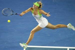Sharapova advances to Australian Open quarters
