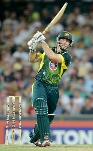 3rd ODI: Shaun Marsh guides Australia to seven-wicket win over England