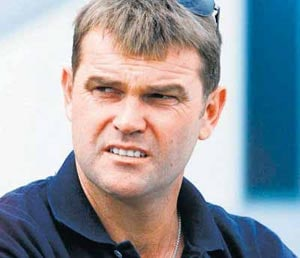 Martin Crowe blames touring rigours for cancer