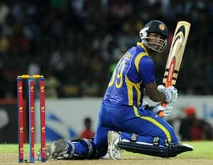 Mathews sparkles as Sri Lanka seal series against Pakistan