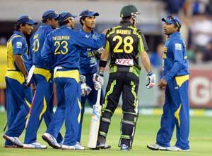 Sri Lanka, Australia make peace after on-field clash