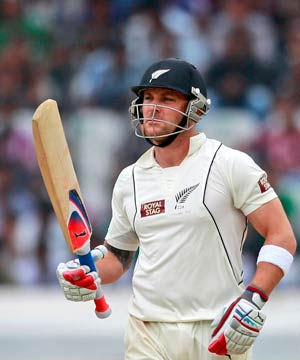 Brendon McCullum leads by example with 8th Test ton