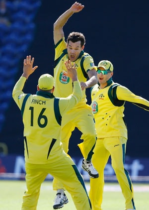 Australia's Clint McKay takes hat trick in 4th ODI vs England