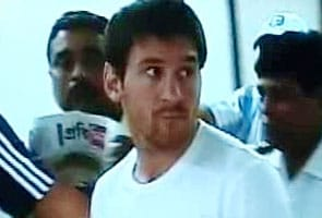 Messi arrives in Kolkata, dodges fans, media at airport