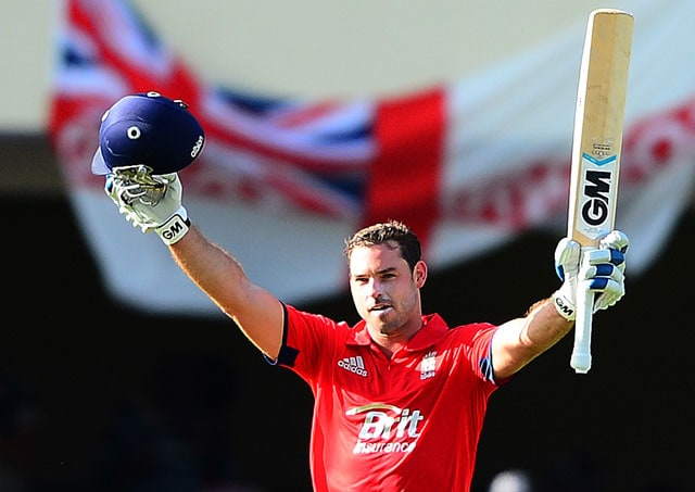 Michael Lumb becomes second Englishman to hit ton on ODI debut