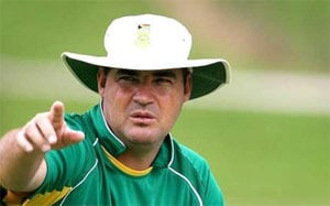 Mickey Arthur hoping for resolution in talks