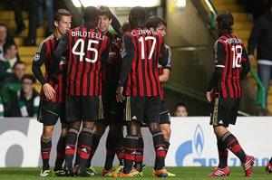 Kaka, Mario Balotelli keep Milan's Champions League dream alive with Celtic win