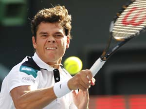 Raonic in semifinals, Nalbandian limps out in Stockholm