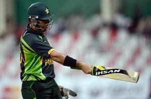 1st ODI: Mohammad Hafeez stars in Pakistan's 11-run win over Sri Lanka