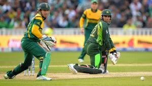 Champions Trophy: Pak skipper Misbah-ul-Haq slams batsmen after defeat vs SA