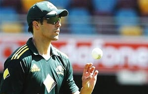 Mitchell Johnson dropped from Australia's T20 squad