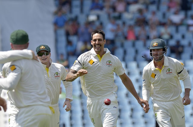 1st Test: Mitchell Johnson bags four to leave South Africa reeling on Day 2