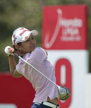 Miyazato leads after 1st round at LPGA Thailand