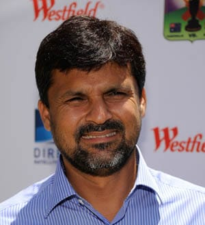 Moin Khan tells Shahid Afridi to take a break
