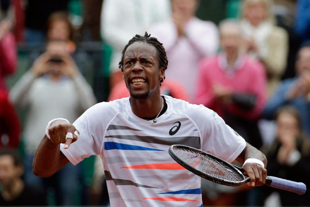 French Open: Flying Frenchman Gael Monfils Goes Airborne for Craziest Shot Ever