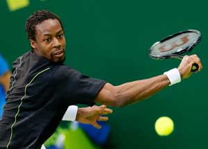 Gael Monfils beats Paul-Henri Mathieu in Stuttgart, to face Florian Mayer