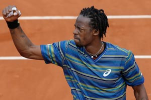 Gael Monfils beats Ernests Gulbis at French Open