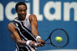 Monfils makes 2nd quarters in 2 weeks in Thailand