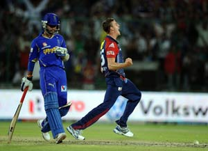 IPL 5: Rajasthan's co-owner furious with umpiring in match against Delhi