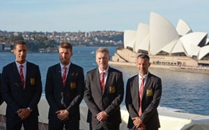 Manchester United arrives in Sydney for All Stars match
