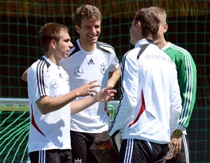 Euro 2012: Greece aiming for a giant killing against Germany