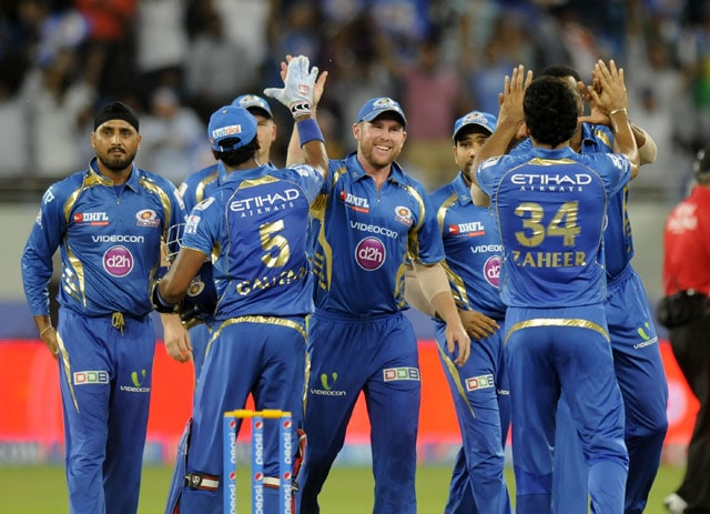 IPL 7: Mumbai Indians Dedicate First Home Match to 'Education For All' Initiative