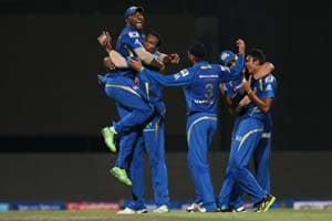 IPL 2013: Mumbai Indians beat Chennai Super Kings by 23 runs to win maiden title