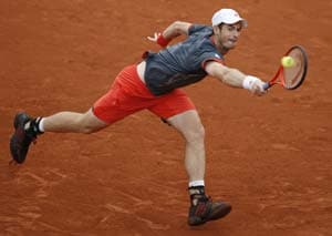 Andy Murray ousts Richard Gasquet at French Open