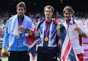 London 2012 Tennis: Andy Murray routs Roger Federer to take gold