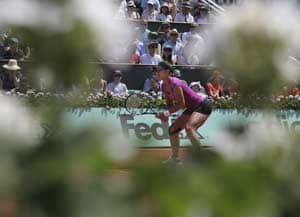 Li Na eases past Cirstea in straight sets