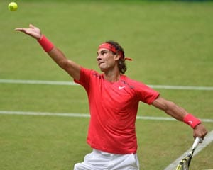 Nadal bombs out in quarters at Halle, Federer into semis