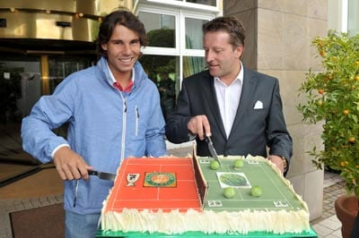 Rafael Nadal finds his feet on grass in Halle