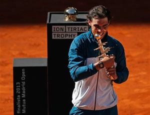 Madrid Masters: Rafael Nadal wins title for fifth triumph of 2013