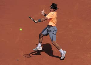 Rafael Nadal starts Barcelona title defence with win