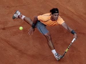 Nadal overcomes Ferrer to reach finals in Rome