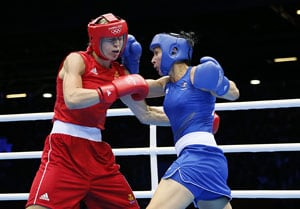 London 2012: Aussie boxer adds feminine touch to historic bout