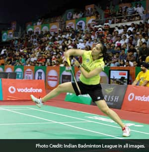 Indian Badminton League: Saina Nehwal thrashes PV Sindhu, Hyderabad Hotshots edge past Awadhe Warriors 3-2