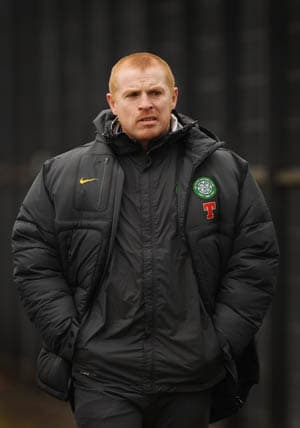 Lennon won't quit Celtic over threats: Agent