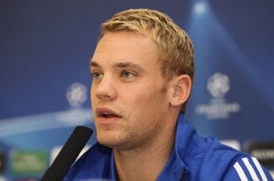 Neuer not desperate to play abroad