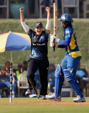 Women's World Cup: New Zealand crush Sri Lanka by eight wickets