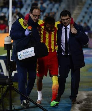 Barcelona coach plays down Neymar injury fears