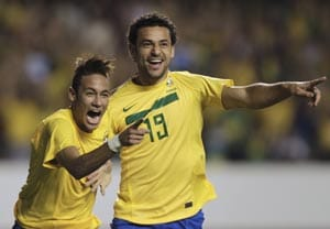 Lucas, Neymar give Brazil 2-0 win over Argentina