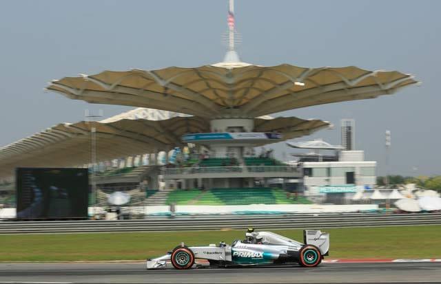 Malaysian GP: Nico Rosberg, Lewis Hamilton dominate pre-qualifying session