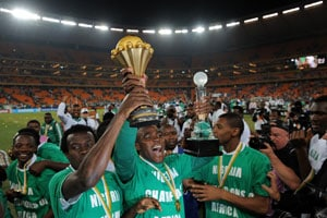Triumphant Nigeria footballers return to cash rewards