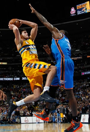 Denver Nuggets win in overtime, cost Oklahoma City Thunder NBA lead