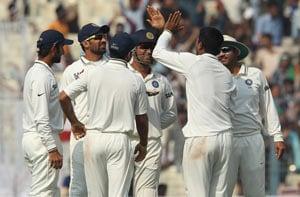 Pragyan Ojha says he tried to bowl tight