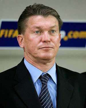 Ukraine extend Blokhin contract until 2014